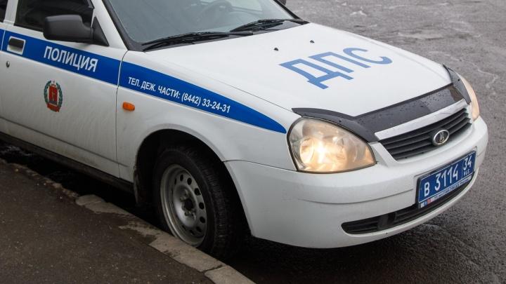 «Я не бил полицейских»: под Волгоградом дебошир на дорогой иномарке решил задушить инспектора ГАИ