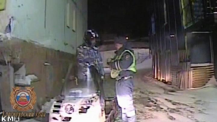 Подросток без спроса взял отцовский снегоход и попался навстречу инспекторам