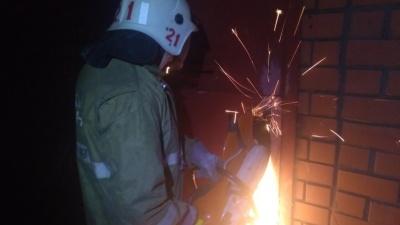 В Прикамье спасли мужчину, который потерял сознание в закрытом гараже с заведенным автомобилем