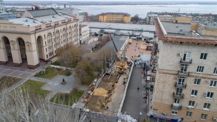 «Растет будто на дрожжах»: на месте уродливых ларьков в Волгограде поднимается новый центр