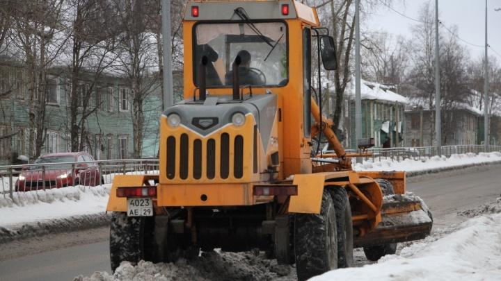 Следующие три года «Плесецкое дорожное управление» будет снова убирать Архангельск
