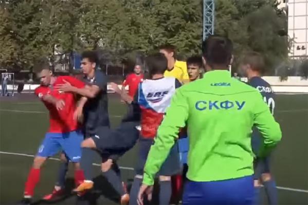 Ставропольцы и ростовчане подрались на поле стадиона «Арсенал»&nbsp;<br>