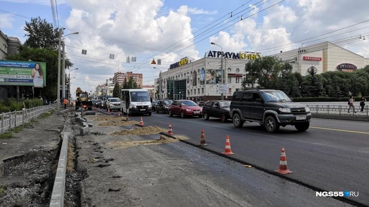 В дептранспорта объяснили, как сделают четыре полосы у пересечения улиц 10 лет Октября и Жукова