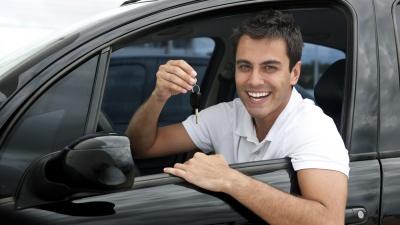 «Каско на негарантийный автомобиль — деньги на ветер»: эксперты разобрали популярные заблуждения