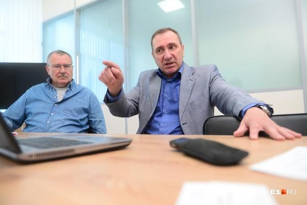 Сергею Трофимову (слева) было 33 года,Олегу Соломеину 25 лет, когда они отправились на место катастрофы