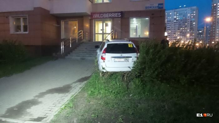 Водителя увезли в больницу