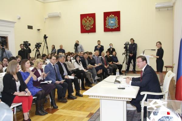 На встречу с губернатором собрались все СМИ области