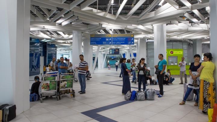 Рейс из Новосибирска в Якутск задержали на 7 часов