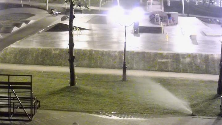 Самарские вандалы испортили новый скейт-парк в Струковском саду