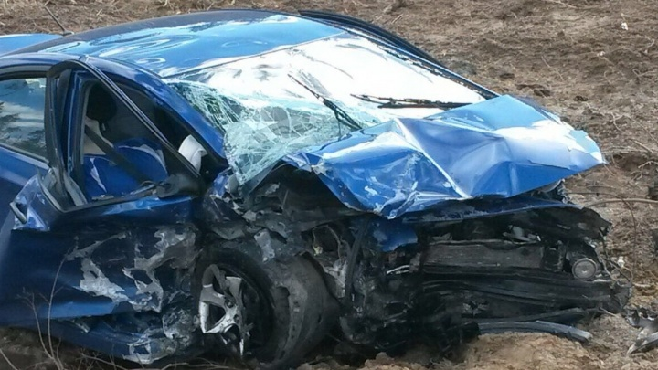 Екатеринбуржец уснул за рулём и протаранил на трассе три легковушки