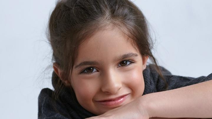 Шестилетняя челябинка с ДЦП борется за звание самой красивой девочки России. Проголосуйте за неё