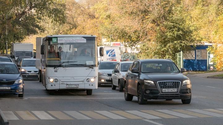 В двух автобусах до «Меги Ростов-на-Дону» ввели оплату картой