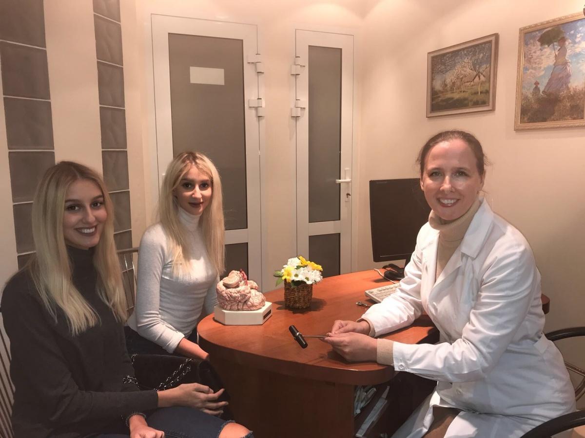 Пациенты из Швейцарии приехали в центр лечения головных болей «Европа— Азия» для лечения