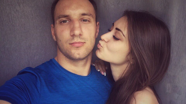 Во Всемирный день поцелуя выбираем самую страстную пару в Красноярске