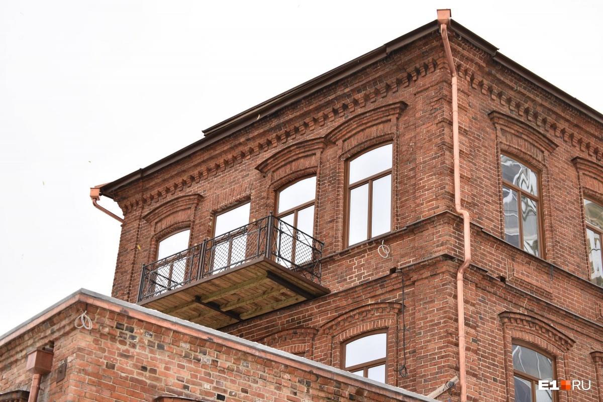 Балкончик отдавали на реставрацию специалистам