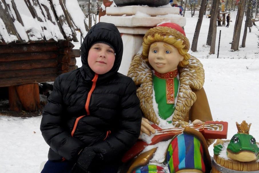 Семья чудом выжившего Саши хотела получить три миллиона рублей