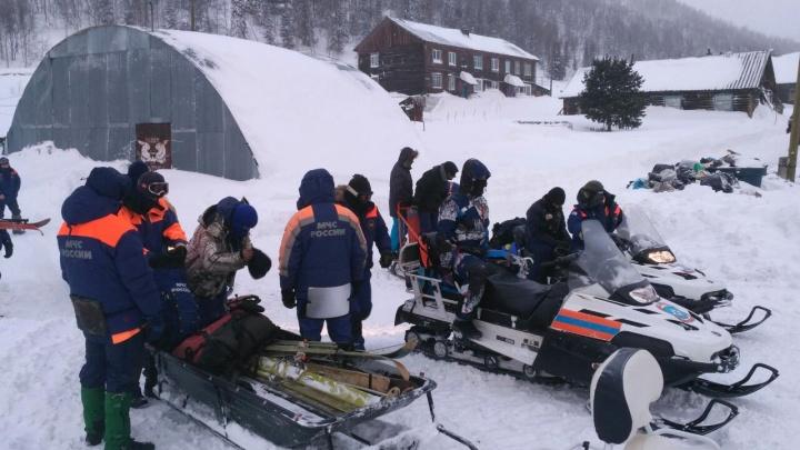 Вторая неделя поисков в Приисковом: спасатели опровергают слухи об их прекращении