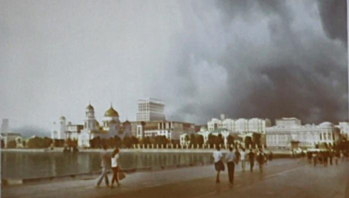 Вид со стороны улицы Ленина. Храм на месте Приборостроительного завода