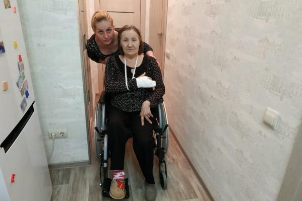 Нина Фёдорова и её дочь Ольга Головеева не первый месяц сражаются с поликлиникой, но не могут получить нужные препараты и тест-полоски