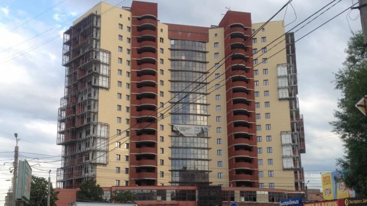 Дольщица намерена обанкротить застройщика высотного долгостроя в Челябинске