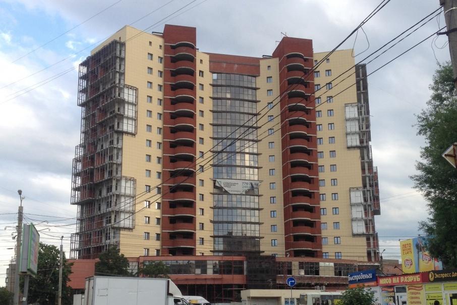 Сдать проблемную высотку на Комсомольском проспекте обещают до конца 2017 года