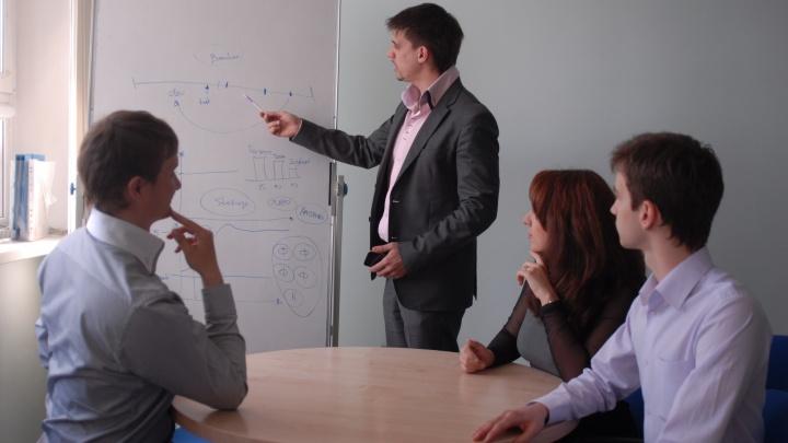 Новосибирцы признались, на что отвлекаются во время работы