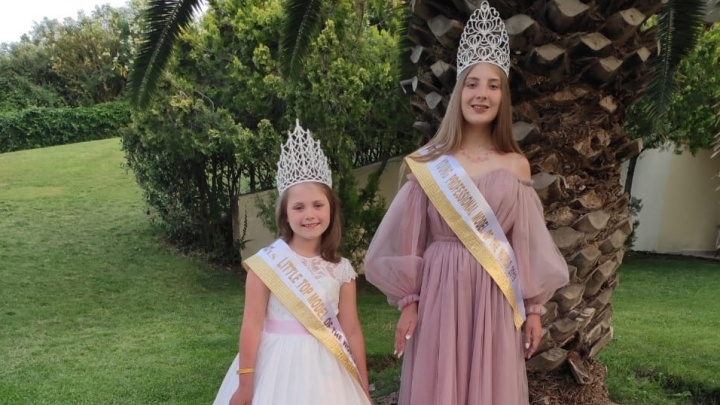 Школьницы из Красноярска выиграли конкурсы красоты в Греции и получили титул юных супермоделей