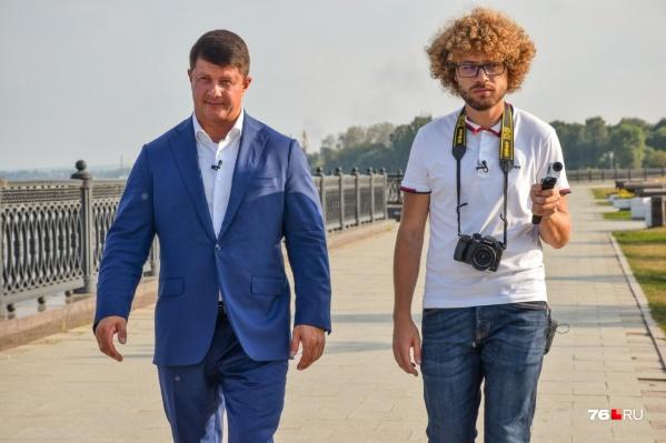 Блогер Илья Варламов снял в Ярославле выпуск шоу«Прогулка с мэром»