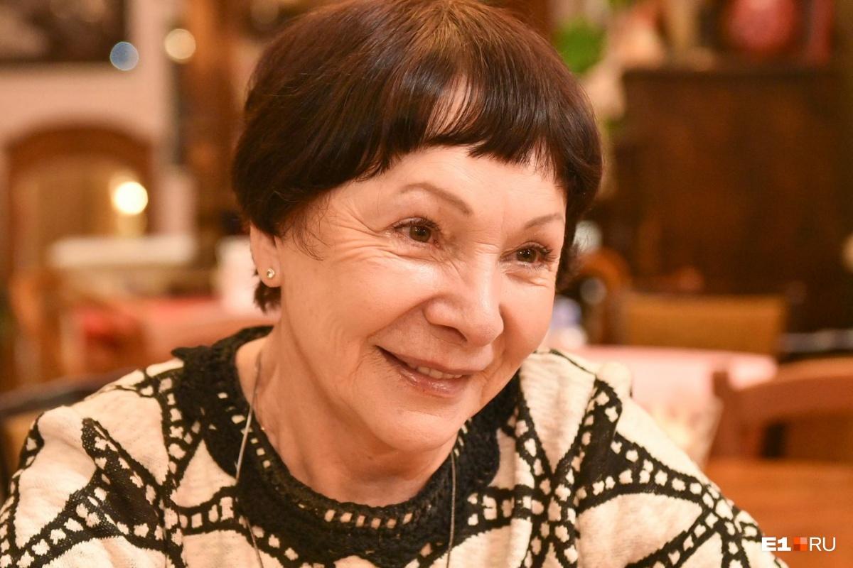 Голодала 12 дней, 3 раза была замужем: секреты актрисы театра Коляды, которая в 75 зажигает на сцене