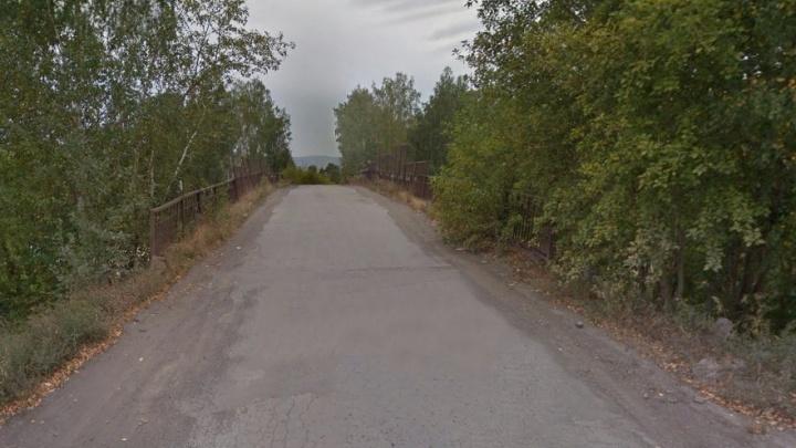 Мост над железной дорогой на Арамильском тракте закроют из-за аварийного состояния
