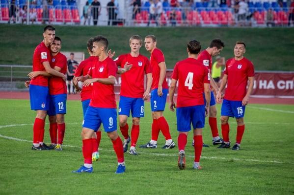 Ростовские футболисты не смогли обыграть соперников из Ставрополя