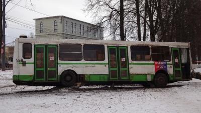 «Аварии с автобусами могут повториться»: сотрудник ПАТП-1 рассказал, на чём возят ярославцев