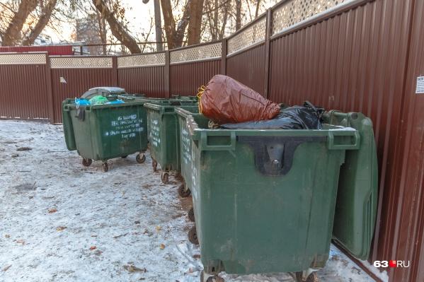 Горожане уверены, что производят не так много мусора