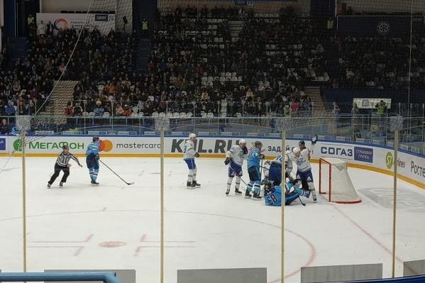ХК «Сибирь» уступил гостям со счётом 1:2