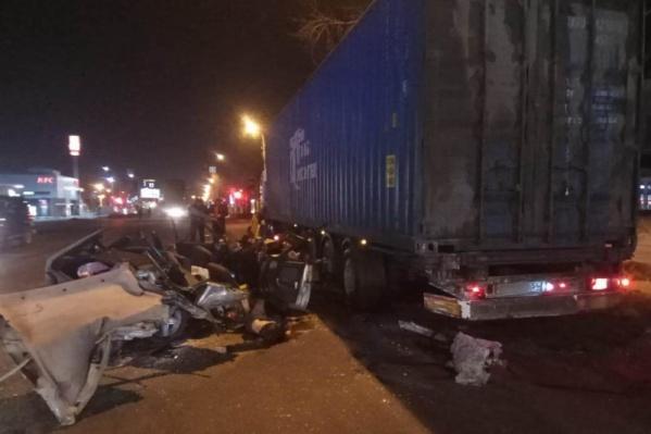 Смертельная авария случилась на Троллейной рано утром 25 февраля