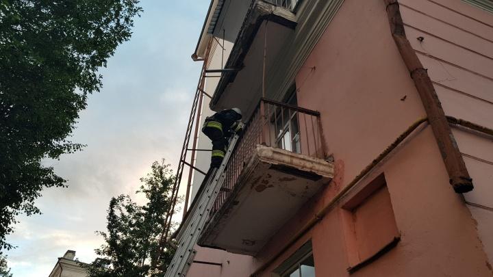 «Она была вся чёрная»: в пожаре на Красной площади пострадала женщина
