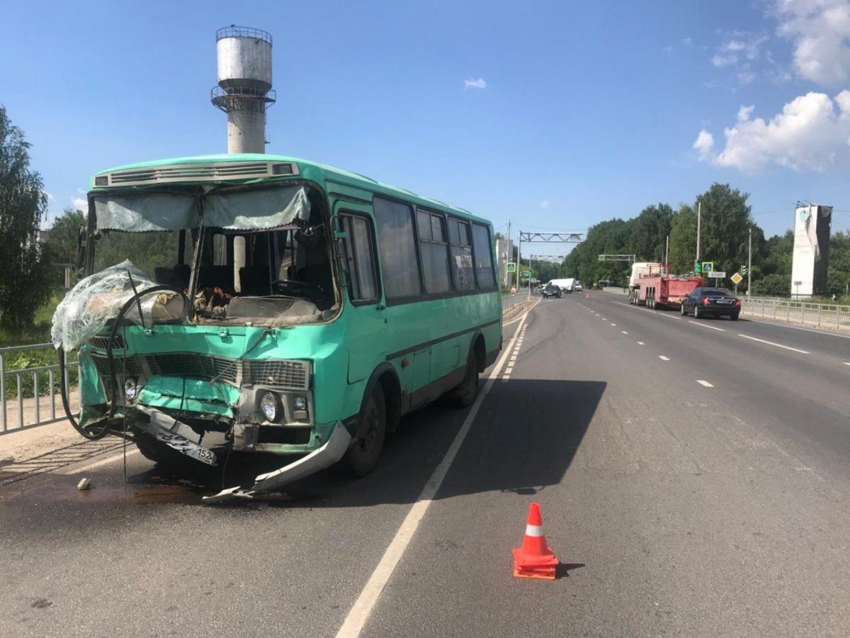 Оба пострадавших в аварии — пассажиры автобуса