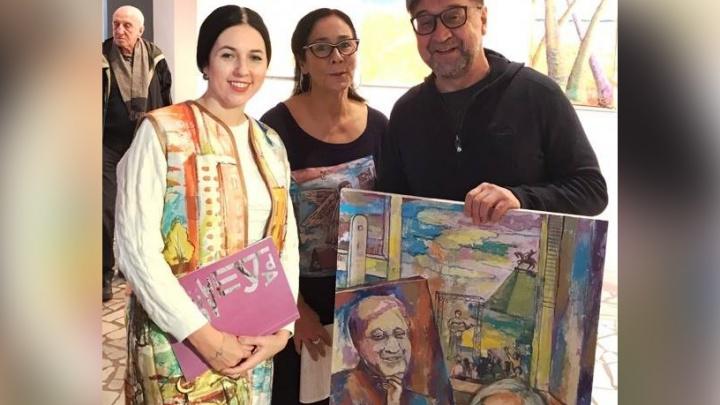 Башкирская художница подарила Юрию Шевчуку портрет его мамы