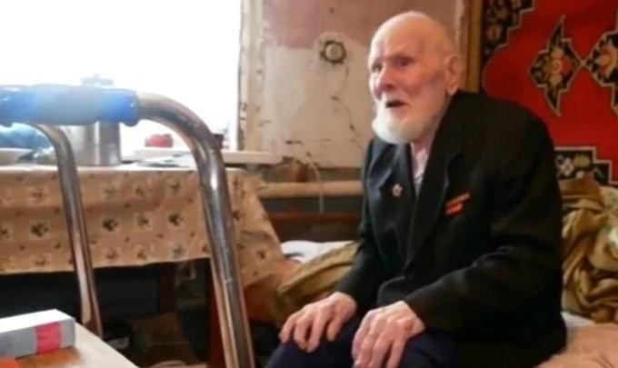 «Это решение было принято сразу»: глава Шадринска пообещал предоставить ветерану ВОВ жилье