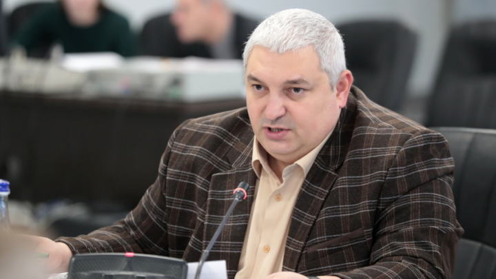 Экс-министру строительства Николаю Безуглову продлили срок ареста