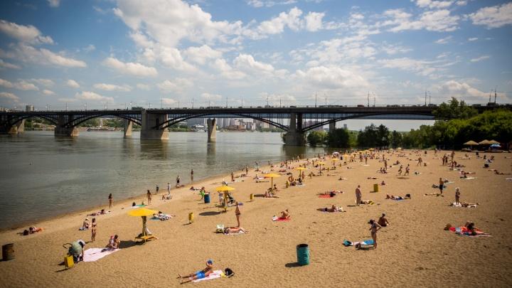 Бегом на пляж: власти назвали места, в которых новосибирцам можно купаться