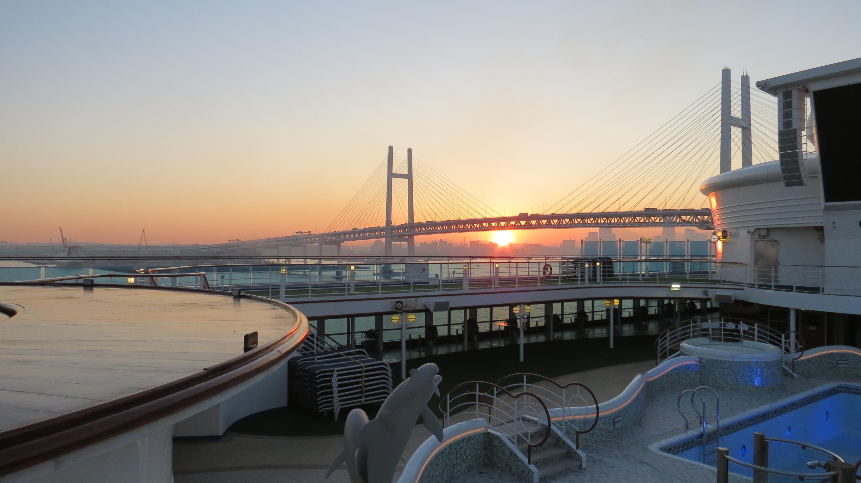 Омич отмечает, что в Иокогаме сейчас тепло