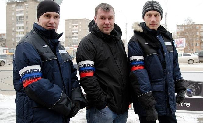 Новосибирским дружинникам выдадут бордовые корочки с золотыми буквами