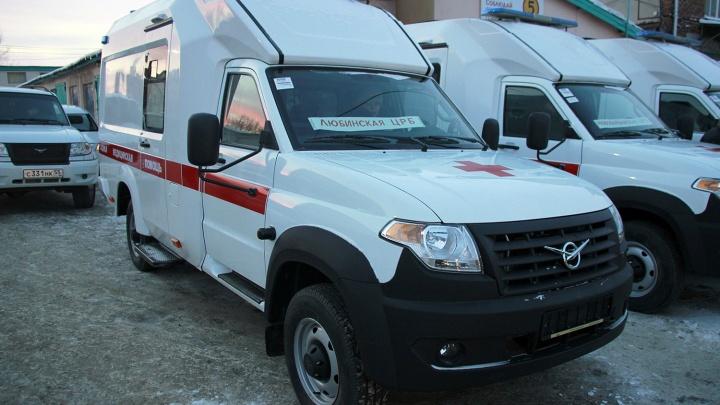 Омские больницы получили скорые на базе новой модели УАЗа