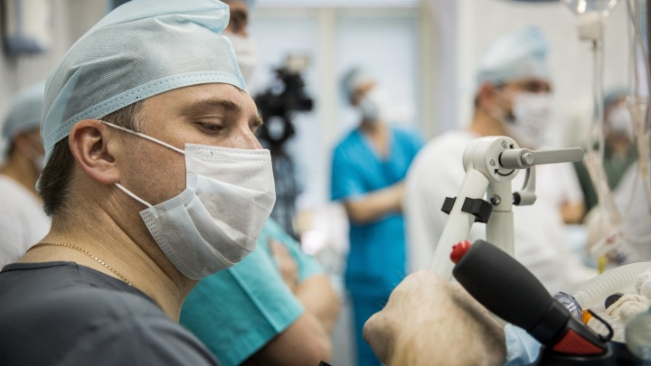 «Колоссальная работа»: врачи онкодиспансера осмотрели полторы тысячи человек за 7 часов