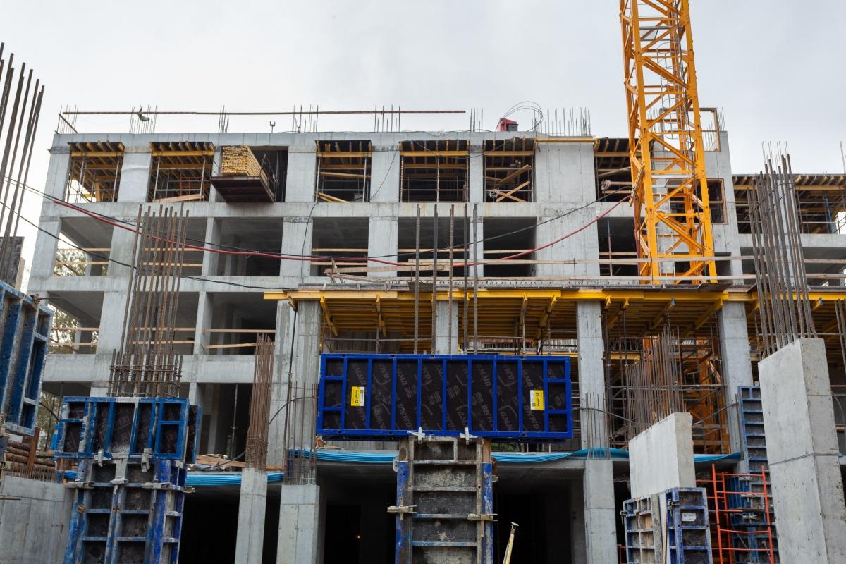 Каркас дома выполнен с применением бетона повышенной водонепроницаемости
