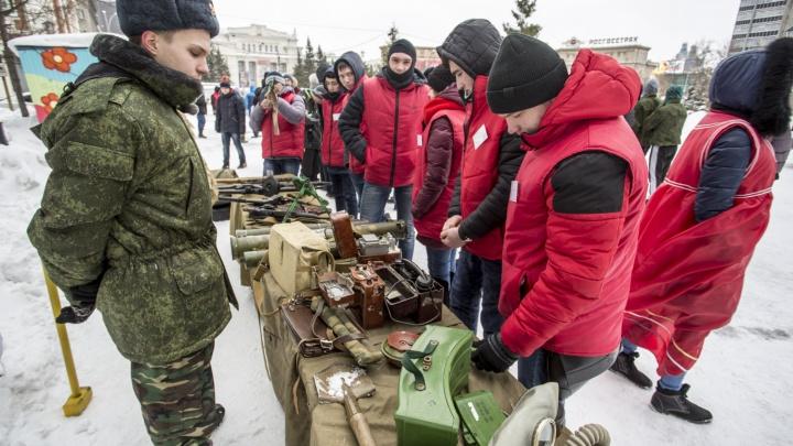 Минобороны отправит школьников на оборонные заводы — в Новосибирске об этом не знают