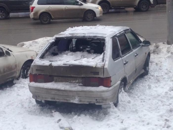 Машина была припаркована на улице Станиславского