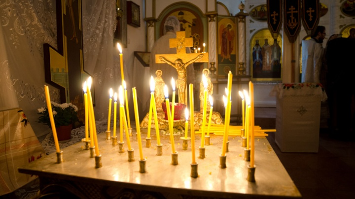 Брошюру с молитвой за президента Владимира подарили красноярской епархии