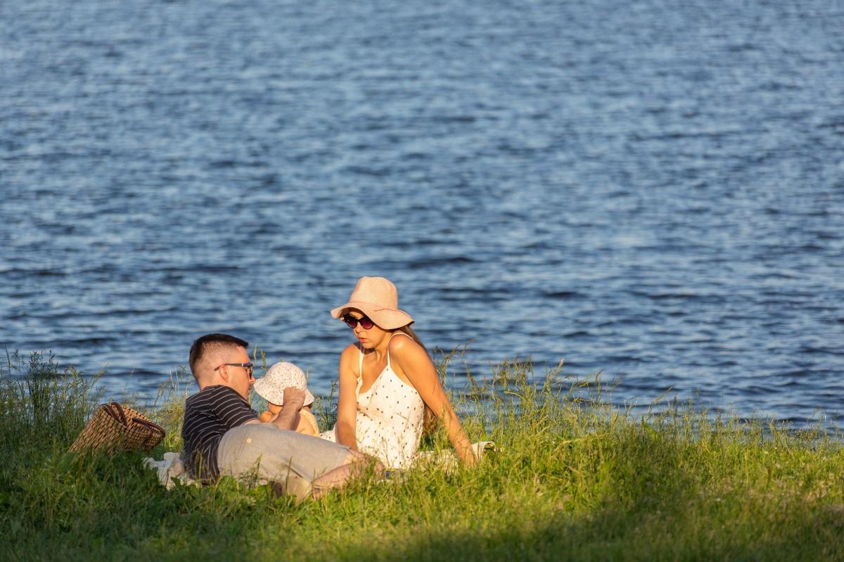 На берегу Ольховки можно устраивать семейные пикники